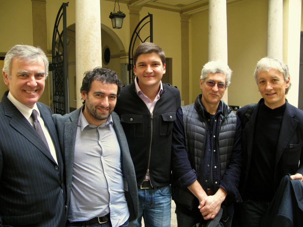 Nel cortile di Mediobanca, con Andrea Vaccari e Luca Livrenti, David Casalini e Riccardo Luna di CheFuturo!