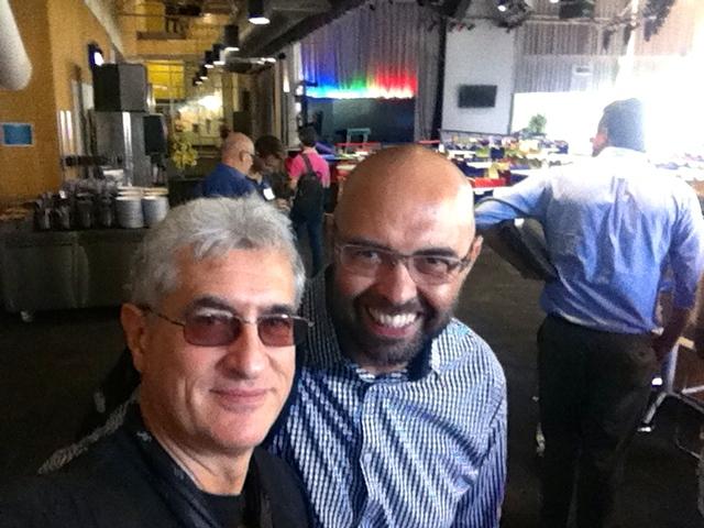 Con Luca Prasso nella mensa di Google